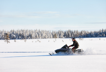 10 snowmobile safety tips to keep in mind before hitting the trails this winter